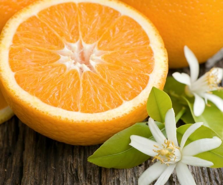 Вкусный десерт из апельсина