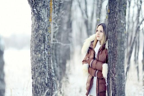 Какие модны женские пуховики с мехом