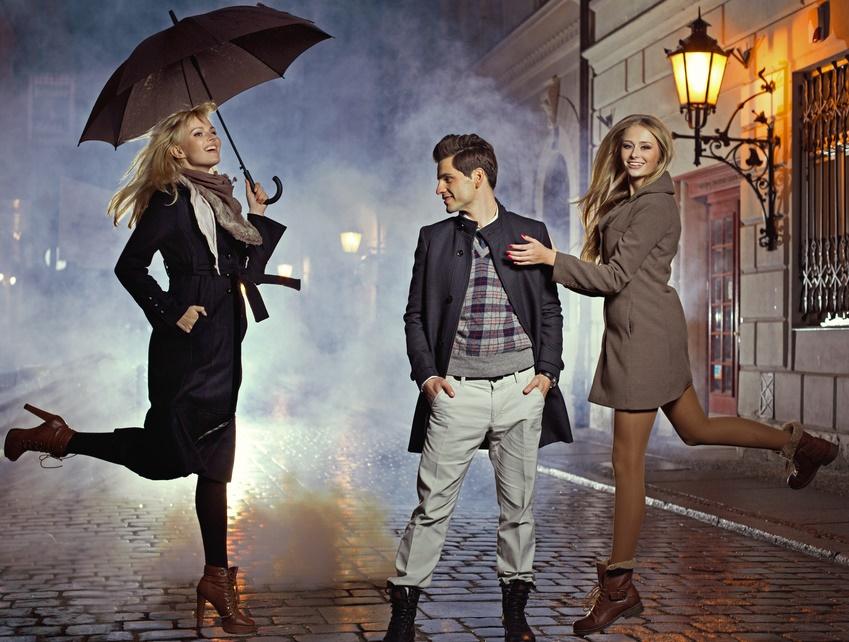 Короткое пальто для женщин