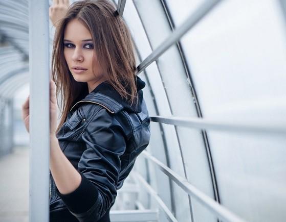 Модные куртки женские кожаные