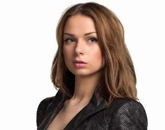 Брендовые кожаные куртки для женщин