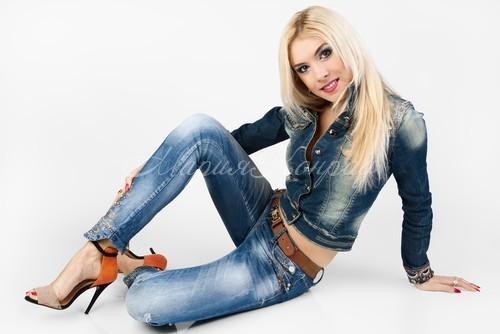 Красивые джинсовки женски е