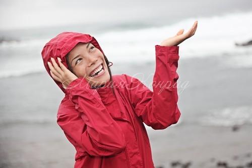 Красная куртка непромокаемай женская