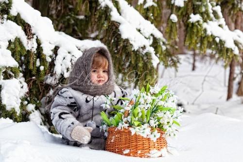 Модная зимняя одежда для девочек