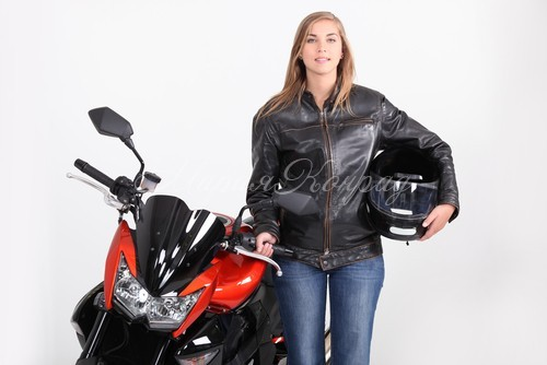 Красивые куртки кожаные женские