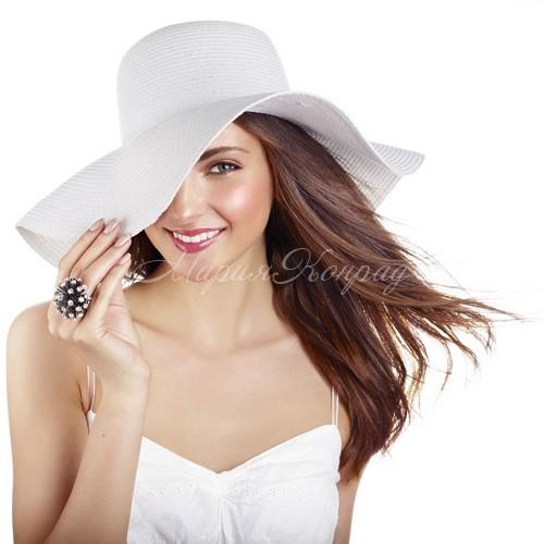 Модная женская летняя одежда сезона