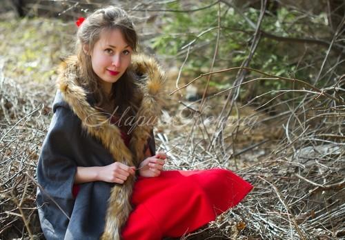 Красивое пальто на весну для полных
