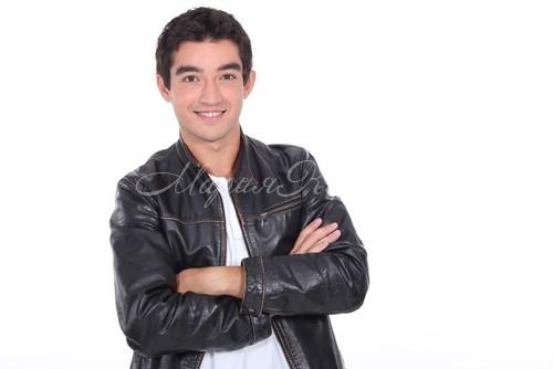 Модные мужские летние кожаные куртки
