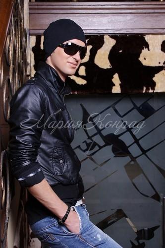 Красивые стильные кожаные куртки мужские