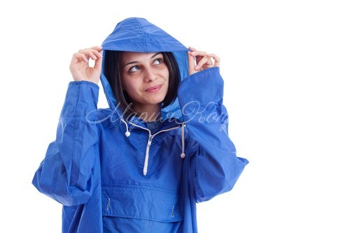 Женская ветровка большого размера снова в моде
